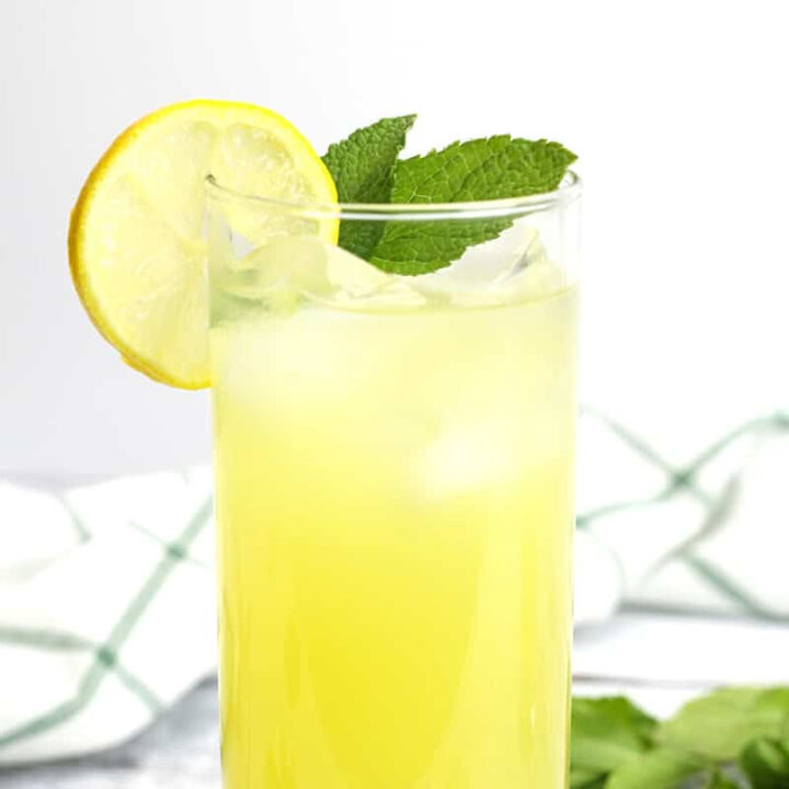 Pineapple mint lemonade recipe.