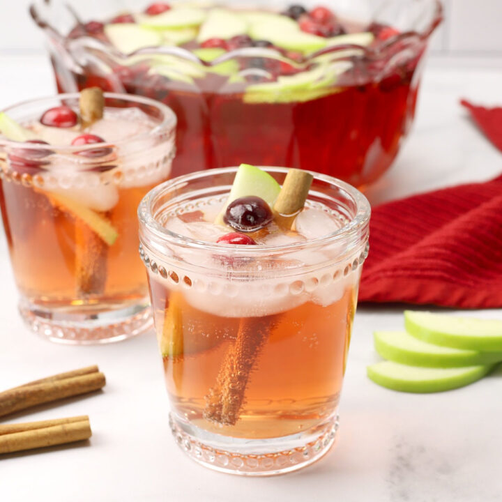 Sparkling chai Christmas punch recipe.