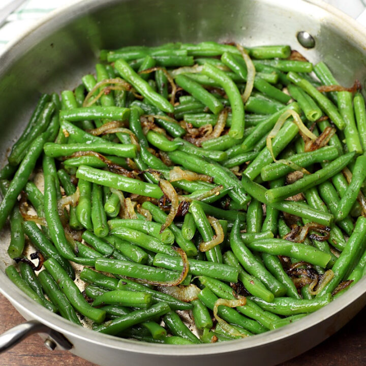 Green beans and onions recipe.