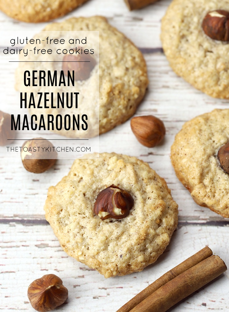 Haselnussmakronen - German Hazelnut Macaroons by The Toasty Kitchen