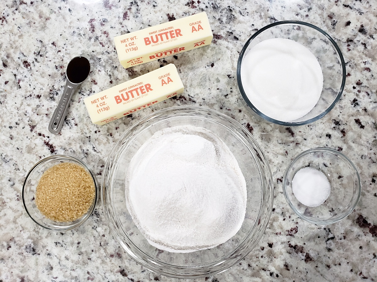 Ingredients for heidesand cookies.