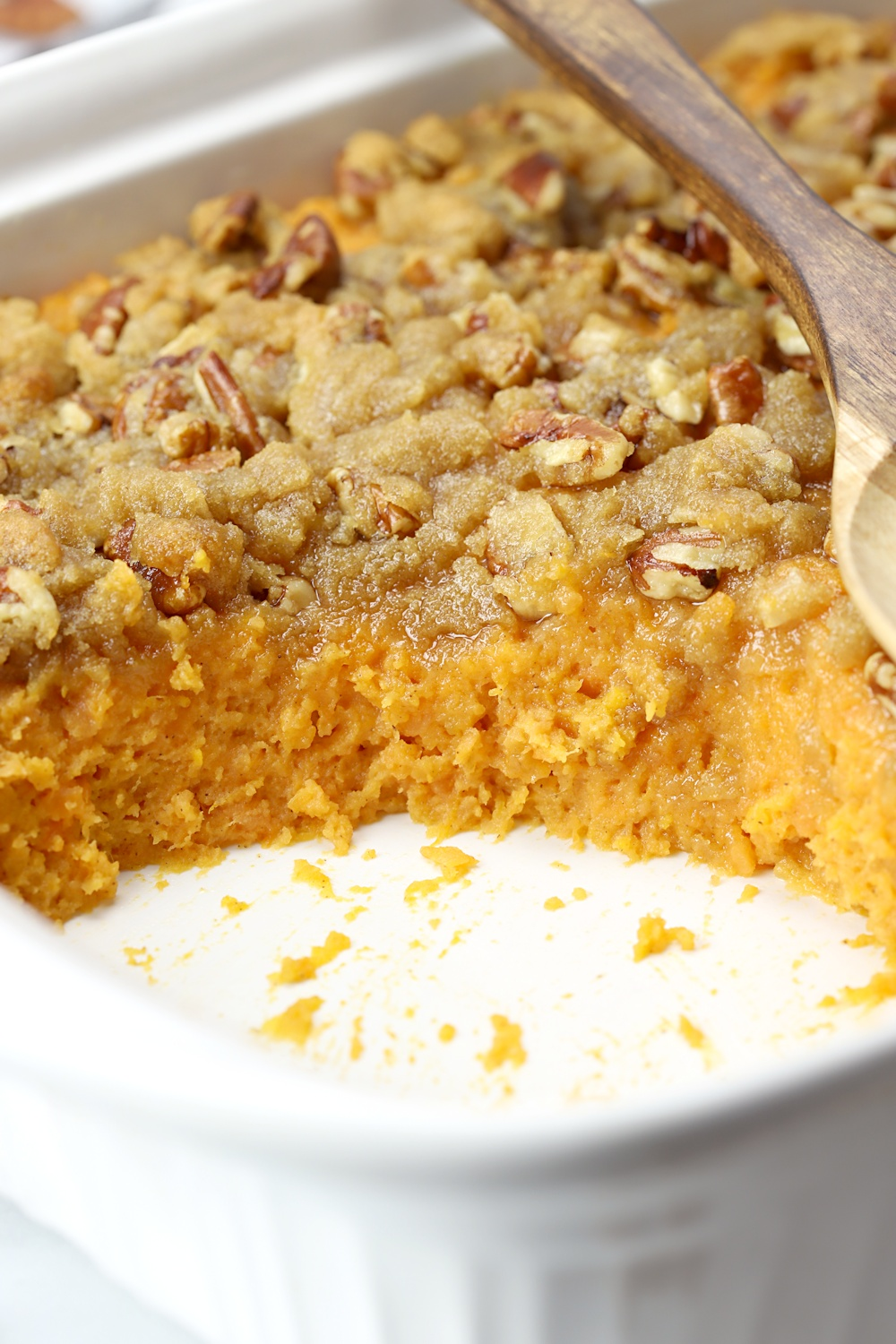 A side view of the layers of a southern sweet potato casserole.