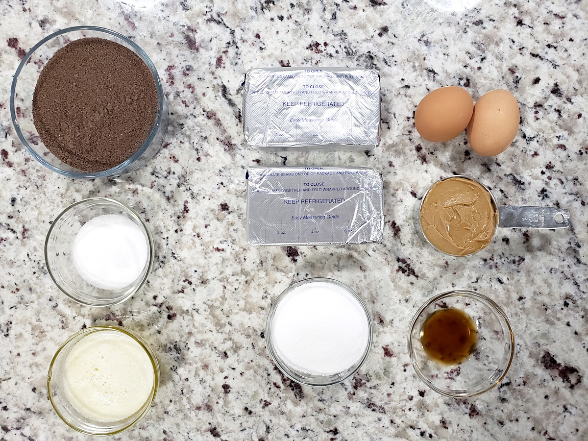 Ingredients for peanut butter cup cheeseccakes.