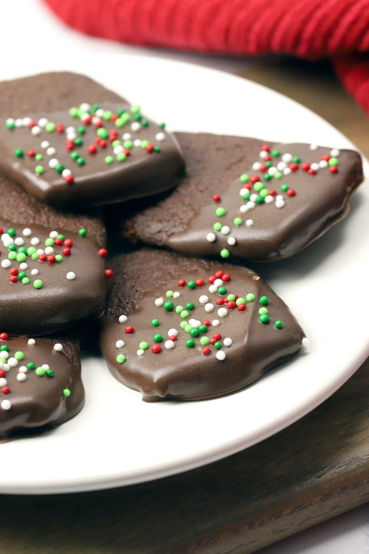 A plate of chocolate cookies.