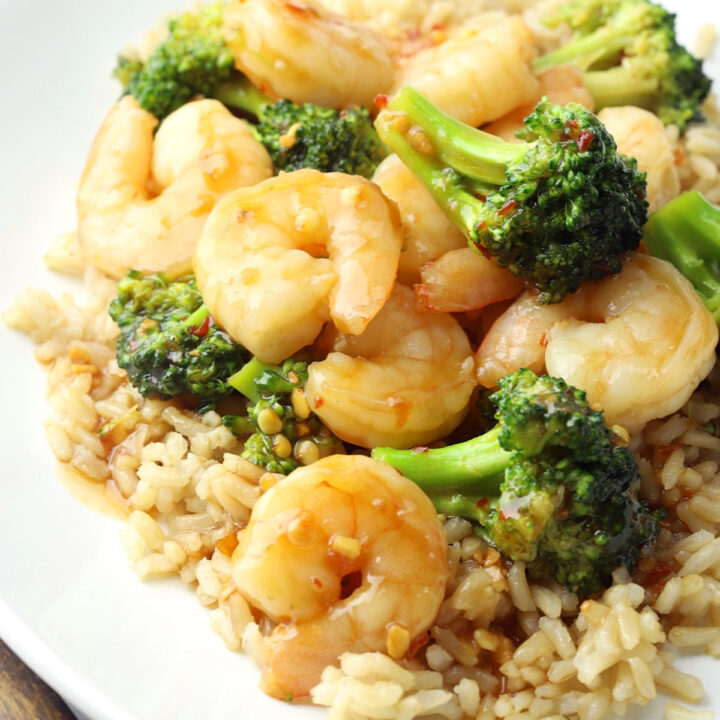 Chili garlic shrimp and broccoli recipe.
